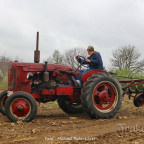 MC-Cormick Farmall DF-25