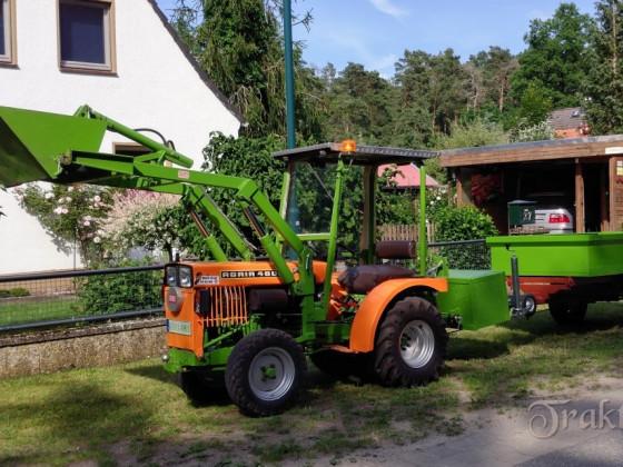 Agria 4800 mit selbst gebauten Frontlader und nun auch noch mit einen selbst gebauten Anhänger